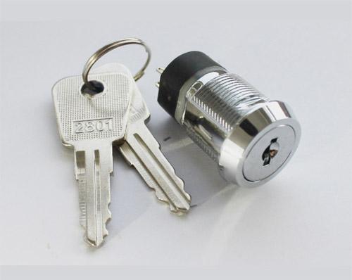 斗山150-7钥匙开关接线图